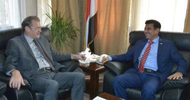 سفير اليمن بالقاهرة يؤكد على دور فرنسا الداعم للشرعية اليمنية