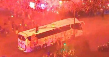 فيديو.. استقبال جماهيرى رائع لنجوم ريال مدريد قبل مواجهة سان جيرمان