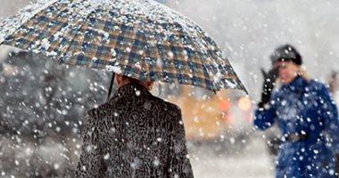 ما العلاقة بين الأزمات القلبية وسقوط الثلج