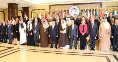 حلفاء العراق يتعهدون بالمليارات لإعادة الإعمار