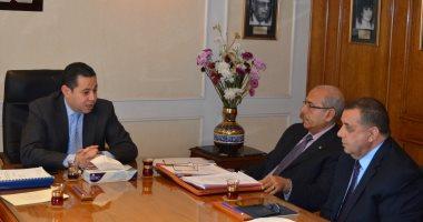"""وزير قطاع الأعمال: تأجيل تطوير """"الحديد والصلب"""" لإجراء مزيد من الدراسات"""
