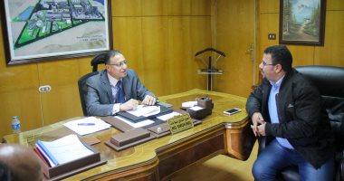 عماد الدين مصطفى مع الزميل عبد الحليم سالم