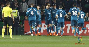 فيديو.. ريال مدريد يحقق فوزا مثيرا على ريال بيتيس 5 - 3 بالدورى الإسبانى -