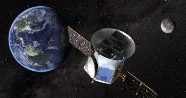 تشغيل تلسكوب فضائى على الجانب الآخر من القمر لمعرفة أصل الكون