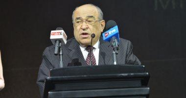 مصطفى الفقى: وقعنا عقدا مع ورثة حسن كامى لنقل كتبه إلى مكتبة الإسكندرية