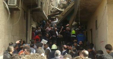 محافظة القاهرة:هدم طابقين بعقارين تضررا من إنهيار منزل منشاة ناصر لتخفيف الأحمال
