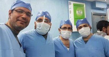 أطباء مستشفى المنيا يعيدون قصبة هوائية لمصاب فى حادث بعد انفصالها عن حنجرته