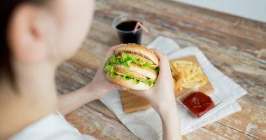 اعراض التسمم الغذائى الشائعة أبرزها الإسهال والقىء