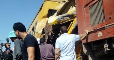 رئيس الوزراء يتابع حادث اصطدام قطار ركاب بآخر للبضائع بالبحيرة