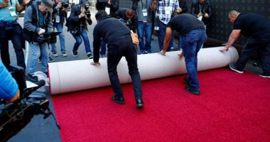 صور.. السجادة الحمراء فى انتظار حفل توزيع جوائز الأوسكار