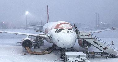 إلغاء وتأجيل أكثر من 30 رحلة جوية بمطارات موسكو بسبب الثلوج الكثيفة