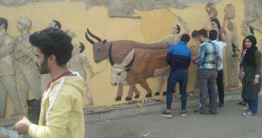 محافظة القاهرة: تحويل جدران الاسمنت بطريق المطار إلى جدارية.. صور