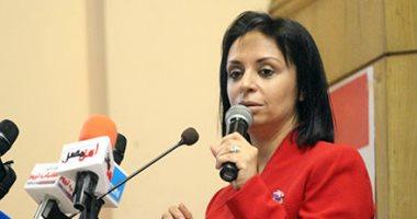 """مايا مرسى لنائب عن تعديلات قانون """"الرؤية"""": لن نعود بحقوق المرأة للوراء"""