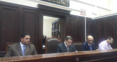 """تأجيل إعادة محاكمة بديع و7 آخرين بـ""""أحداث مسجد الاستقامة"""" لجلسة 2 يونيو"""