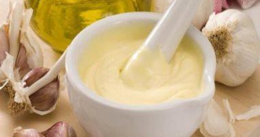 استخدم الطب البديل لعلاج ارتفاع الكولسترول ببذور الكتان والثوم