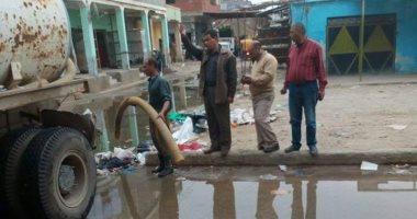 مياه القناه تواصل تطهير شبكات الصرف الصحى