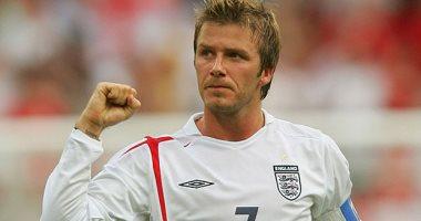 مدفع الإفطار.. بيكهام يقود إنجلترا لكأس العالم بصاروخ تاريخى ضد اليونان