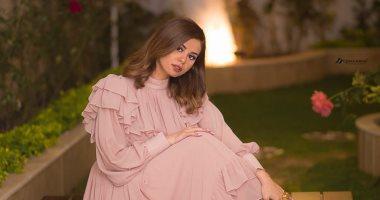 منة عرفة تطل على جمهورها بصور ساحرة