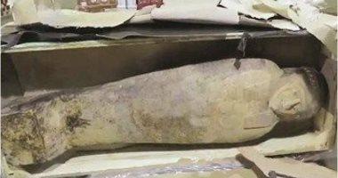 ننشر تقرير اللجنة الآثرية بشأن التابوت المضبوط ضمن أمتعة الشحن الجوى بالكويت