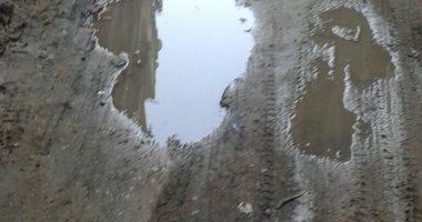 قارئ يشكو من تسرب مياه أسفل العقارات بشارع عبدون بشير بالكوم الأخضر