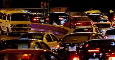 توقف حركة المرور بسبب سقوط عمود إنارة أعلى كوبرى أكتوبر