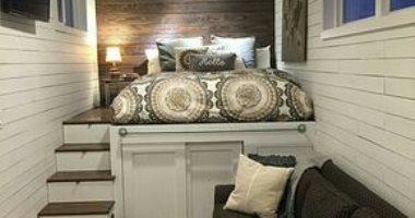 شقتك ضيقة.. 3 أفكار لتنظيم غرفة النوم بأسرّة عملية