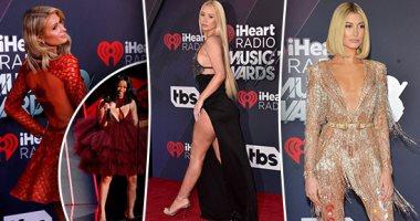 شاهد أجمل إطلالات النجمات على السجادة الحمراء فى حفل جوائز iHeartRadio