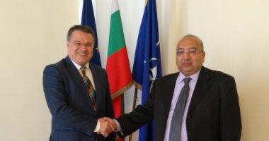 السفير عمرو رمضان يطلع مسئولا بلغاريا على مؤامرات تستهدف الإضرار بأمن مصر