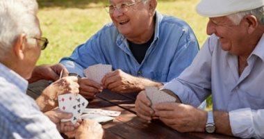 """هل """"جينات الذكاء"""" مسئولة عن طول العمر؟.. أبحاث علمية جديدة تجيب"""