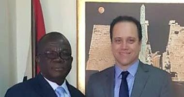 هشام الدميرى يلتقى مساعد وزير سياحة كوت ديفوار لبحث سبل التعاون المشترك