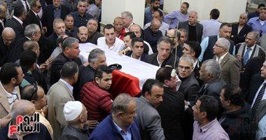 نجوم الرياضة والمجتمع فى جنازة سمير زاهر