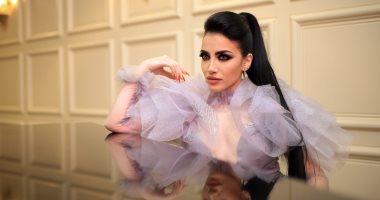 صور .. إطلالة ملائكية للمذيعة والمطربة اللبنانية ميا طوق فى أحدث جلسة تصوير