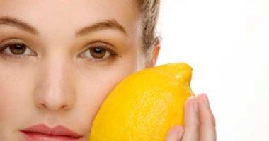 وصفات طبيعية للتخلص من الرؤوس السوداء ببياض البيض وعصير الليمون