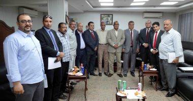 شركة مياه سوهاج تؤمن على أكثر من 5700 عامل بشهادة أمان المصريين
