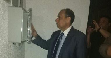 """رئيس """"كهرباء شمال القاهرة"""" يتفقد تركيب العدادات الذكية بحى السفارات.. صور"""