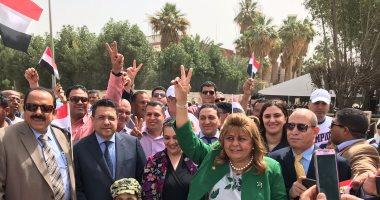 شاهد..لقطات لإقبال المصريين بالتصويت على التعديلات الدستورية من عواصم العالم