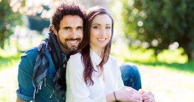 صباحك ضحكة.. 4 نصائح لرسم البسمة على وجه شريك حياتك كل يوم