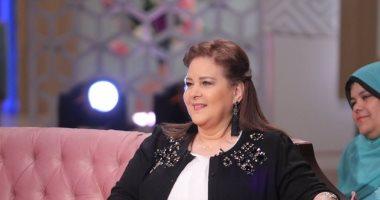 4 أيام تفصل دلال عبد العزيز عن تصوير مسلسل ابنتها دنيا سمير غانم