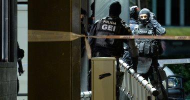 الشرطة الإسبانية تقبض على مغربي أشاد بقطع رأس مدرس فرنسي