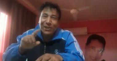 """فيديو..""""يا حلاوة الشعب المصرى وهو رايح ع اللجان"""" أغنية جديدة لإسلام خليل"""