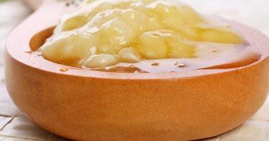 العناية بالبشرة بالقهوة والطماطم لجلد مشدود بدون ترهل