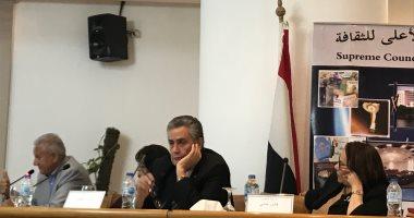 خبراء تعليم: المناهج المصرية معيبة وتحتاج إعادة نظر والإخوان تسللوا للمنظومة