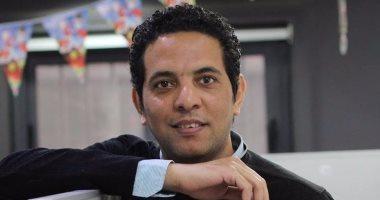 """حسن عبد الموجود ينتظر """"حروب فاتنة"""" ويصفها بـ""""تمرين حقيقى على النوفيلا"""""""