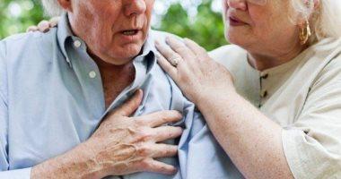 مؤشرات مبكرة لإصابتك بالذبحة الصدرية.. اعرف إزاى تتعامل معها