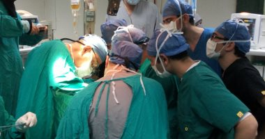 أسرة طفلة تتهم أطباء بمستشفى طنطا الجامعى بالتسبب فى دخولها فى غيبوبة