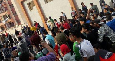 النائبة منى جاب الله تعد المحتجين على القيمة الإيجارية بالأسمرات بعرض مشكلتهم