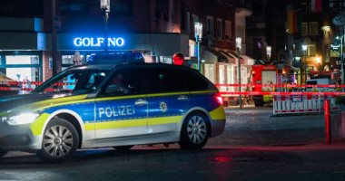 أغرب بلاغات ليلة رأس السنة.. رجل يتصل بالشرطة الألمانية لنجدته من حماته