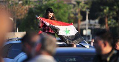 صباح دمشق أقوى من إرهابهم.. السوريون يتحدون العدوان الثلاثى بالأعلام السورية