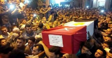"""أهالى قرية """"غيتة"""" بالشرقية يشيعون جنازة الشهيد مجند أدهم صلاح"""