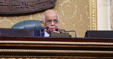 رئيس البرلمان: محصلو الضرائب يتبعون إسلوب الأربعينيات ويضيعون أموال الدولة